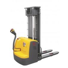 Штабелер электрический самоходный XILIN 1.2т 3.5м CDD12R-E
